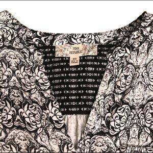 NWOT V-Neck Floral Blouse by Pink Republic XS